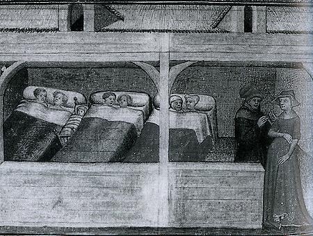 3 Paare und ein Säugling in einem Raum in 3 Betten
